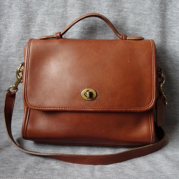 Coach Handbags - Coach Vintage Court 9870  Made USA  British Tan 403ee6e496de4